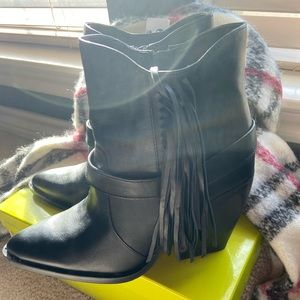 Brand new boots. Simply gorgeous.